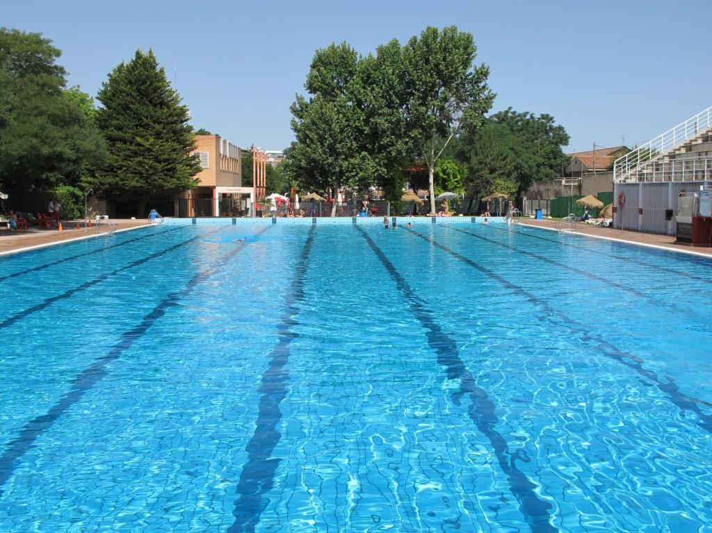 Come sopravvivere ad un 39 estate madrile a for Piscina olimpica madrid