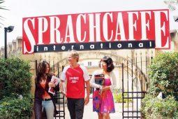 Vacanze studio in Spagna: lingua, cultura e divertimento